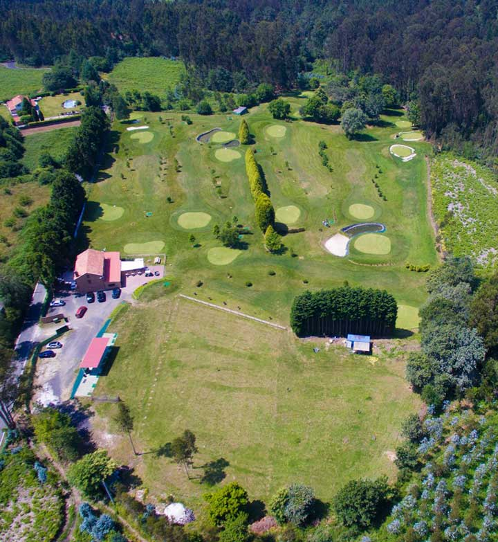 Vista aérea del Club de Golf Paderne - 18 hoyos Pitch and Putt